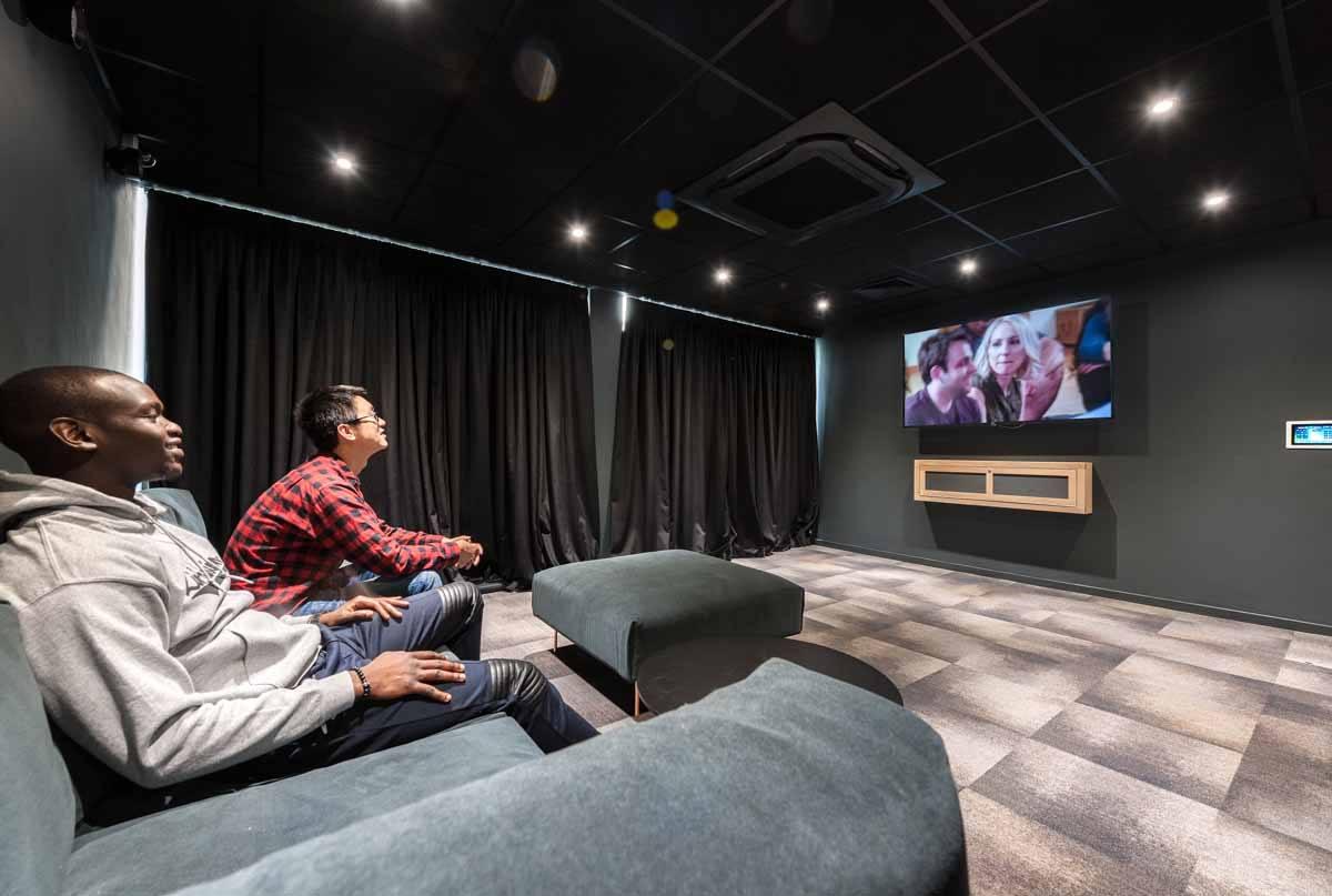 Cityside-Leeds-Cinema-Room-1-Unilodgers