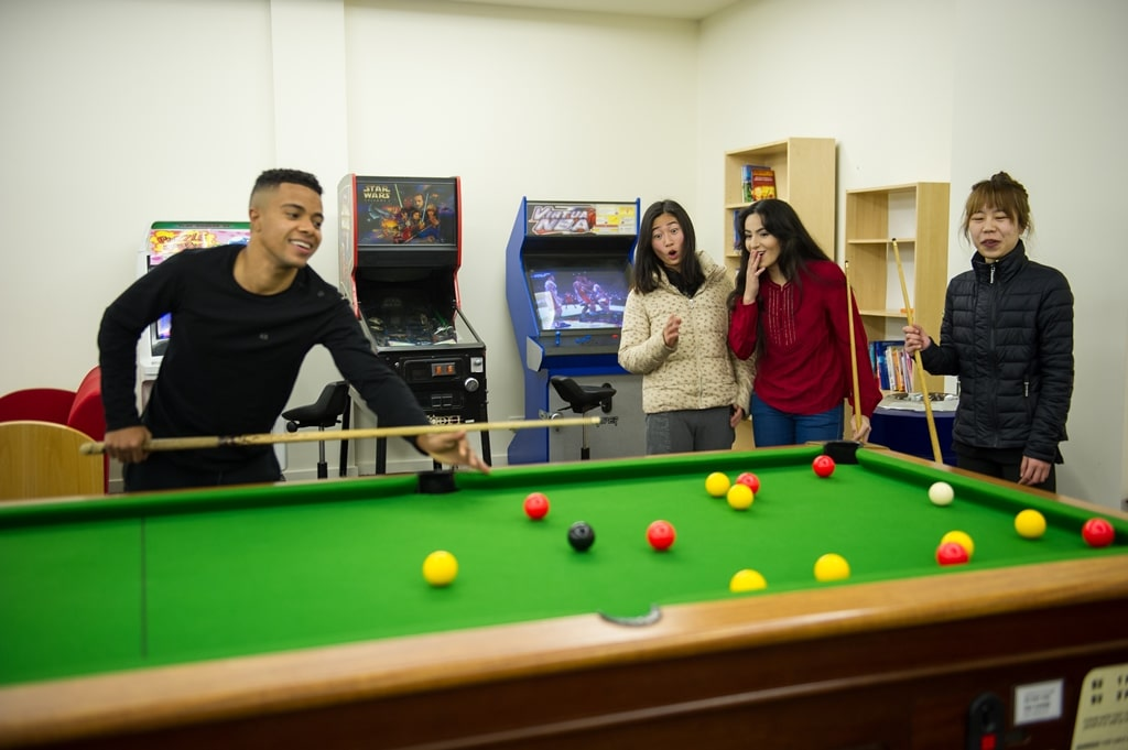 College-Square-on-Lygon-Melbourne-Pool-Table1-Unilodgers