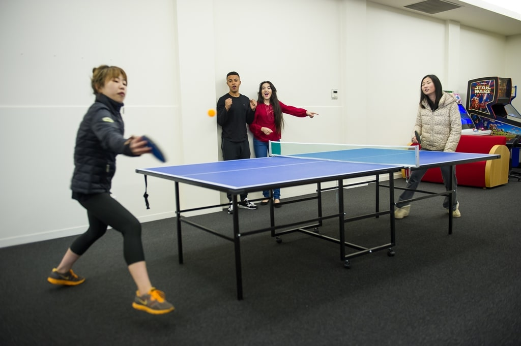 College-Square-on-Lygon-Melbourne-Table-Tennis1-Unilodgers