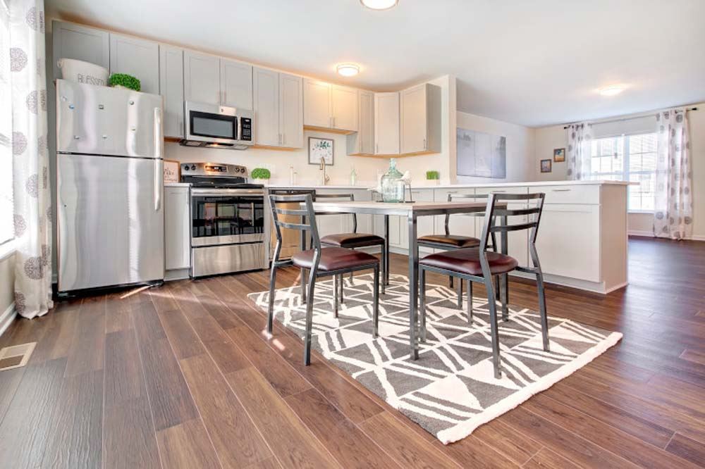Copper Beech Baywater-West Lafayette-IN-Kitchen-Unilodgers