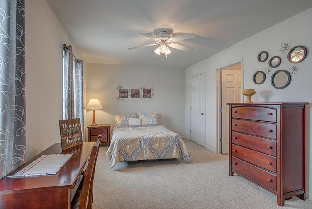 Copper Beech Statesboro-Statesboro-GA-Bedroom-Unilodgers