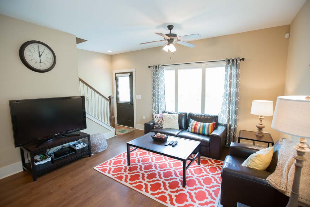 Cottages-of-Clemson-Central-SC-Living-area-With-TV-Unilodgers