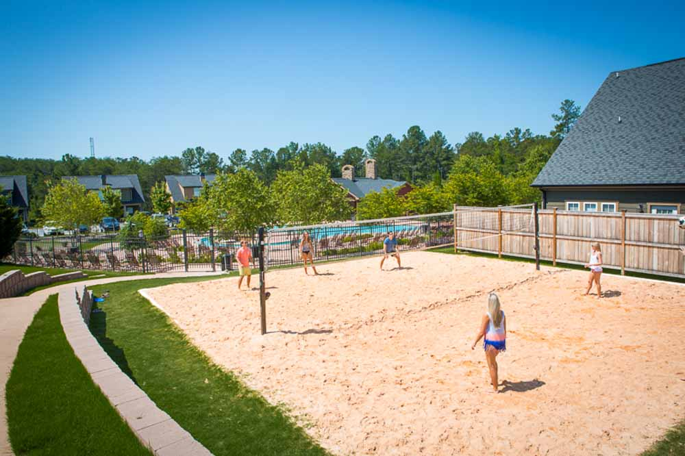Cottages-of-Clemson-Central-SC-Volleyball-Court-Unilodgers