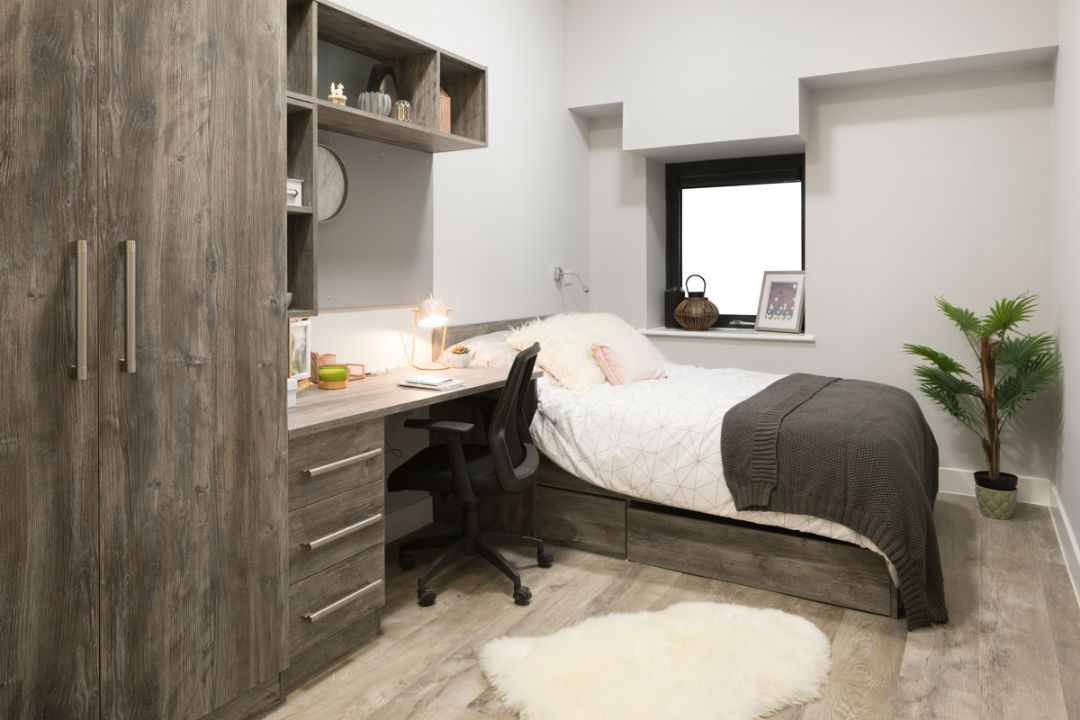Crown-Place-Portsmouth-Bedroom-Unilodgers