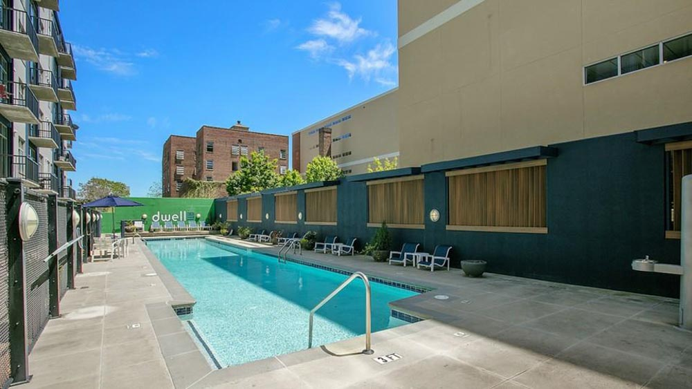 Dwell-ATL-Luxury-Apartments-Atlanta-GA-Swimming-Pool-Unilodgers
