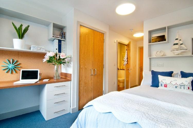 Earlsdon-Street-Portsmouth-En-Suite-1-Unilodgers