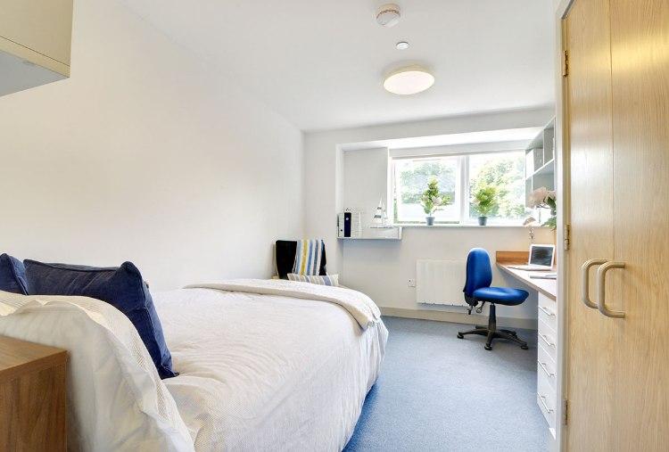 Earlsdon-Street-Portsmouth-Studio-1-Unilodgers