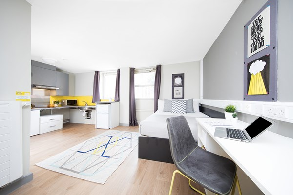 East-Central-House-London-Bedroom-With-Kitchen-Unilodgers