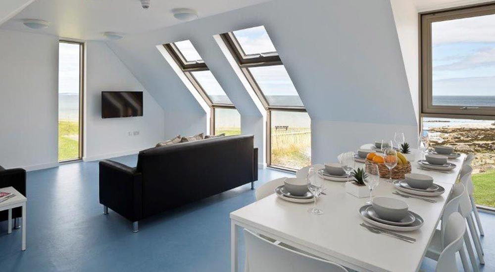 East-Shore-St-Andrews-Standard-En-Suite-With-Sea-View-1-Unilodgers