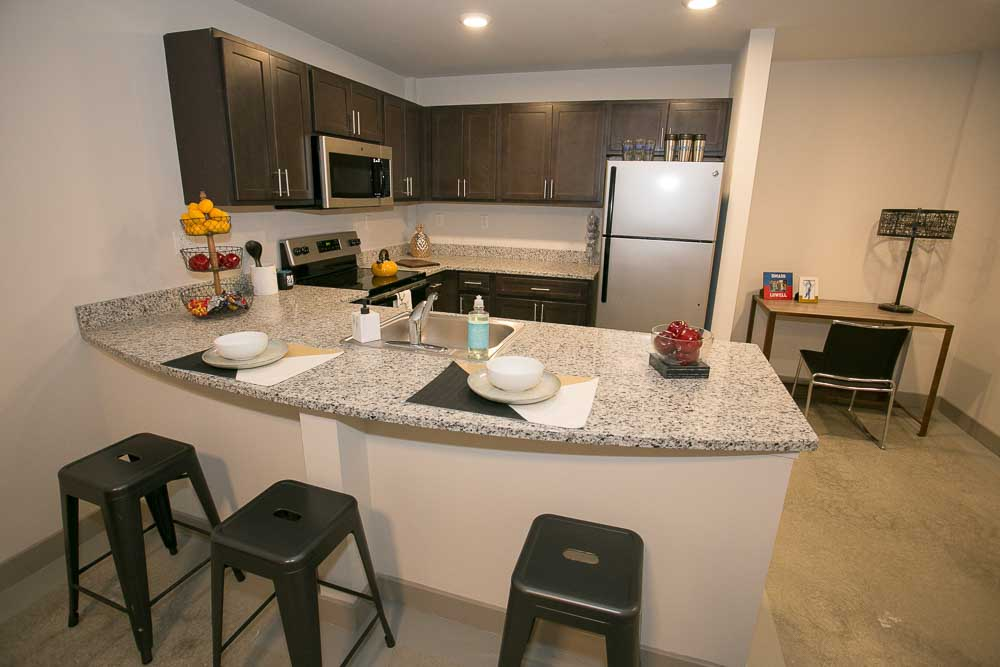 Edge-Merrimack-River-Lowell-MA-Kitchen-Unilodgers
