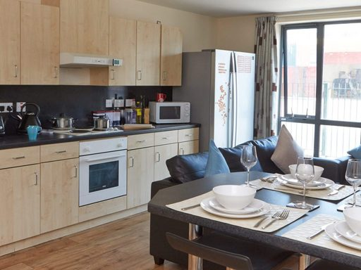 Europa-Liverpool-En-Suite-Shared-Kitchen-Unilodgers
