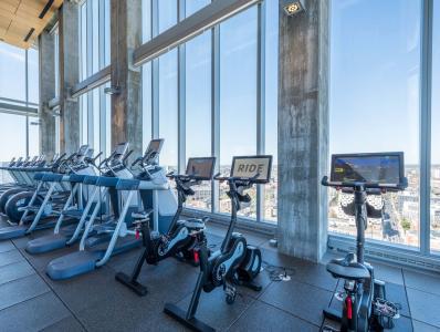 Evo-At-Cira-Centre-South-Philadelphia-PA-Fitness-Center-Unilodgers