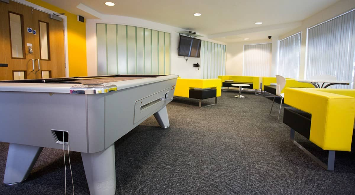 Exeter-One-Exeter-Common-Room-1-Unilodgers