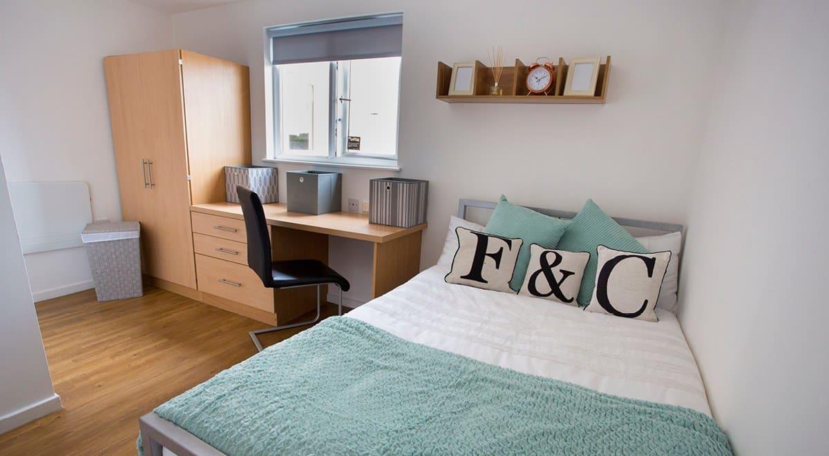 Firhill-Court-Glasgow-Classic-En-Suite-2-Unilodgers