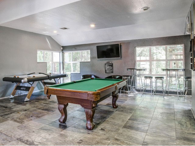 Forest-Pointe--Norman-OK-Games-Room-Unilodgers