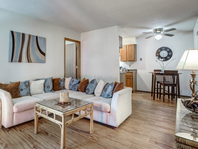Forest-Pointe-Norman-OK-Living-Area-Unilodgers