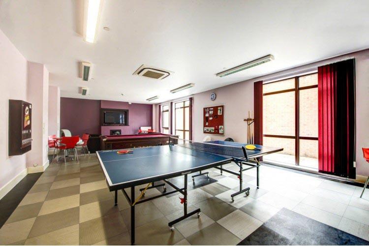 Fountain-Bridge-Edinburgh-Games-Room2-Unilodgers