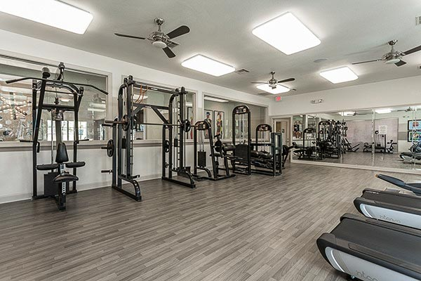 Gateway-At-Huntsville-TX-Gym-Unilodgers