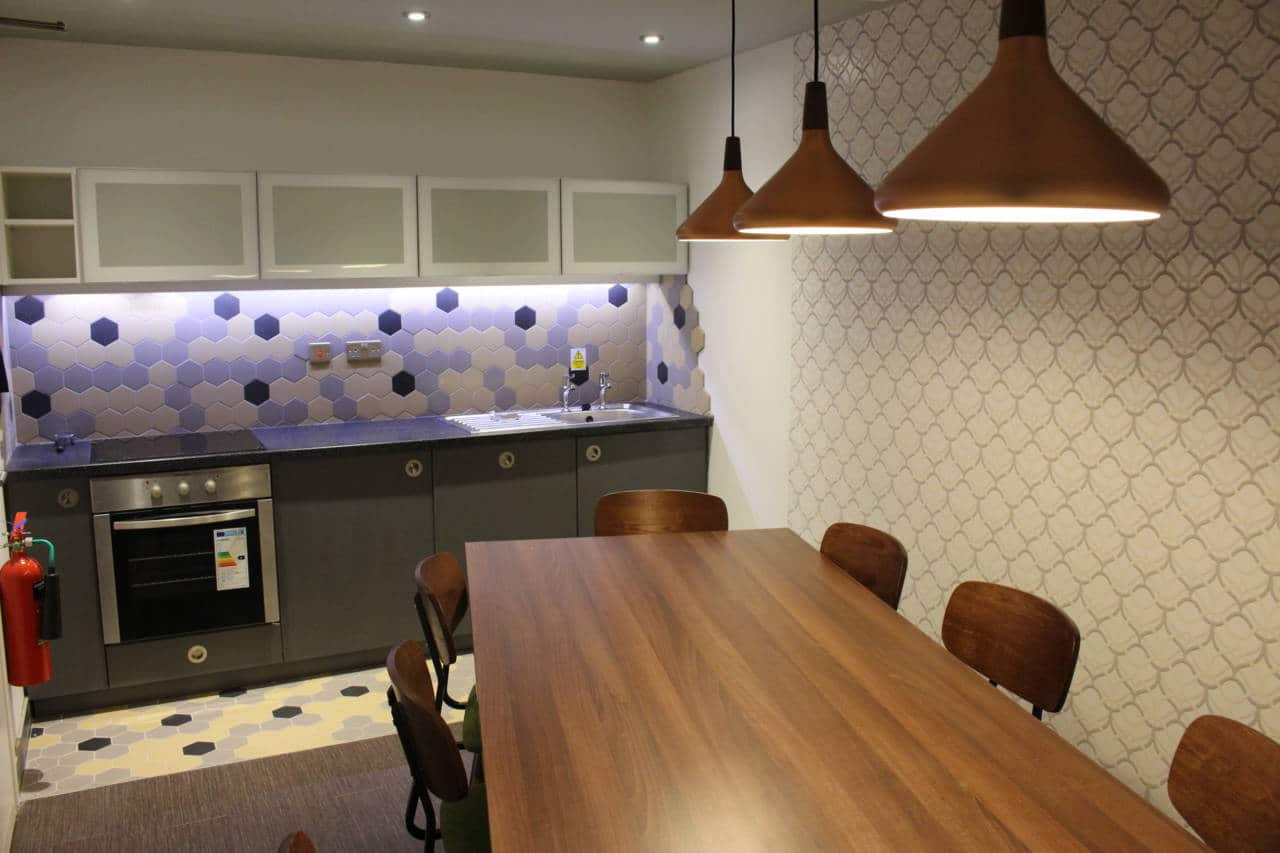 Glassworks-Newcastle-Shared-Kitchen-Area-Unilodgers