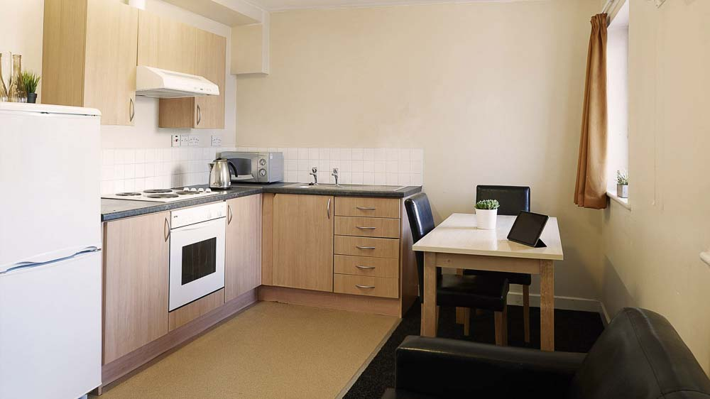 Great-Newton-House-Liverpool-Bronze-2-Bedroom-Flat-Shared-Kitchen-Unilodgers