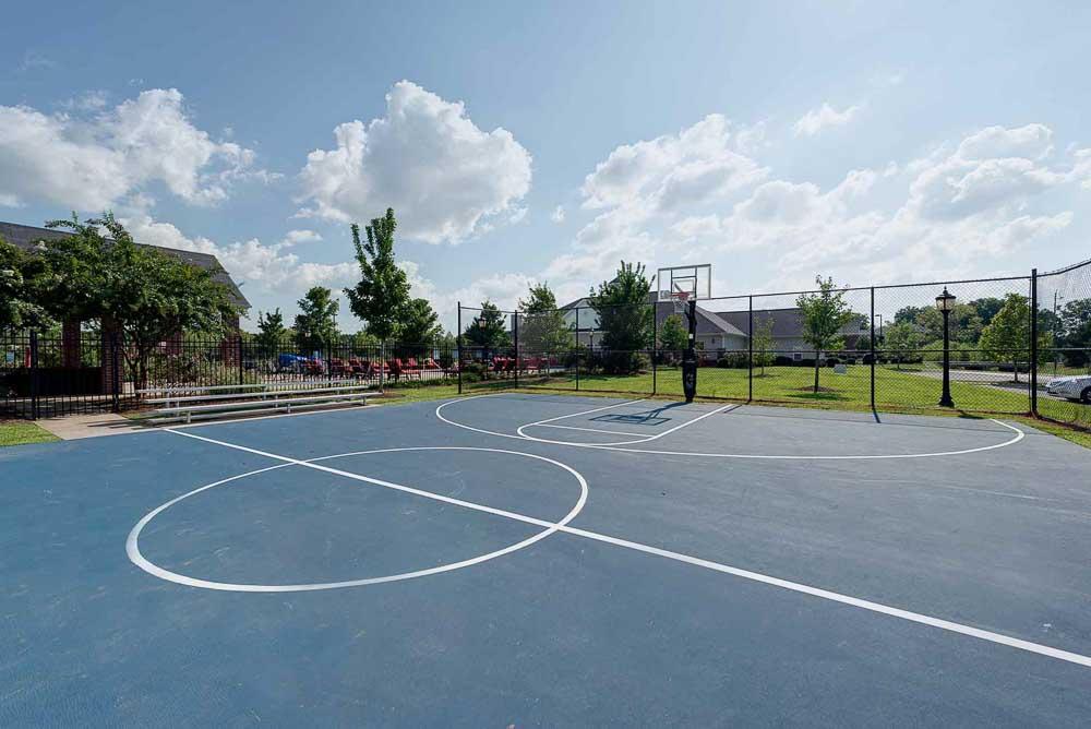 Grove-At-Murfreesboro-TN-Basketball-Court-Unilodgers