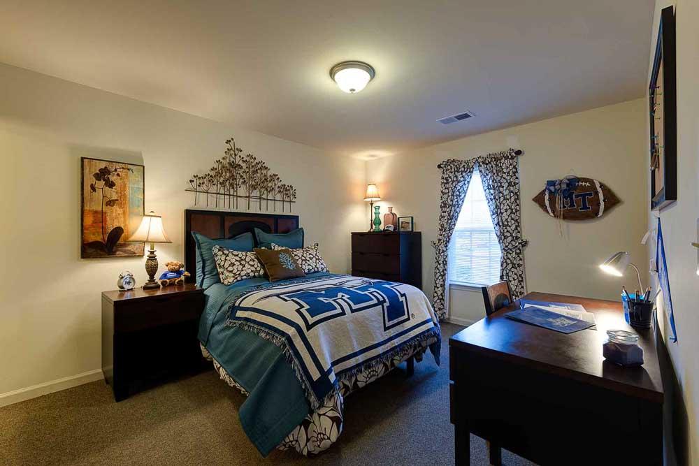Grove-At-Murfreesboro-TN-Bedroom-Unilodgers