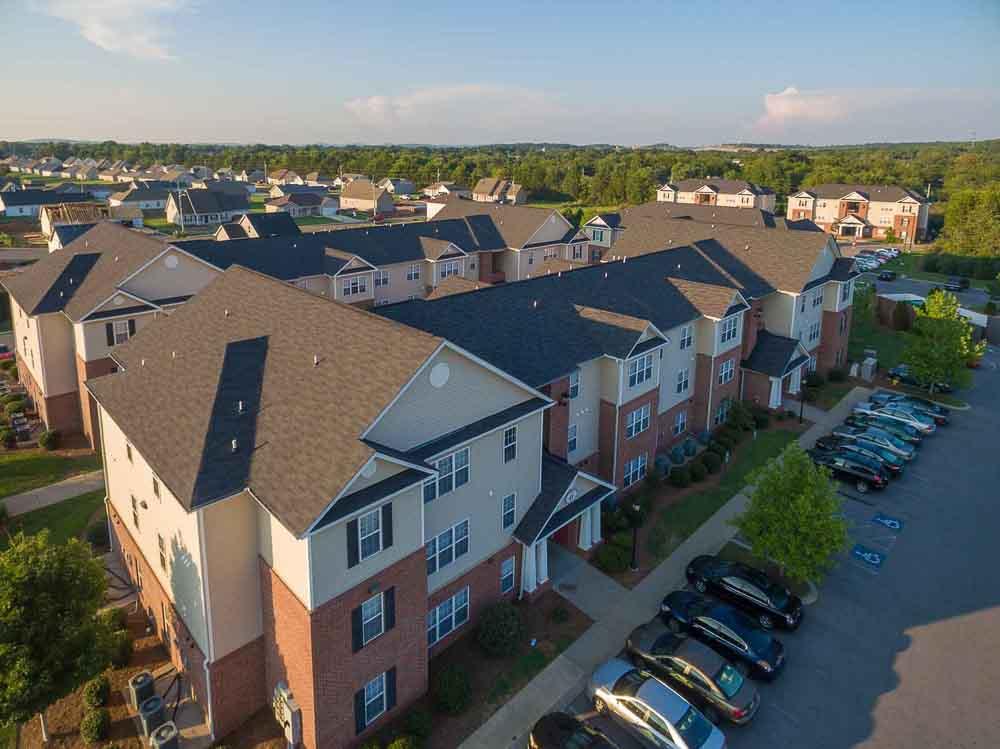 Grove-At-Murfreesboro-TN-Exterior-Unilodgers