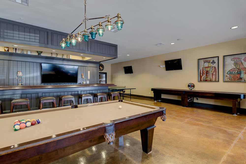 Grove-At-Pullman-WA-Games-Room-2-Unilodgers