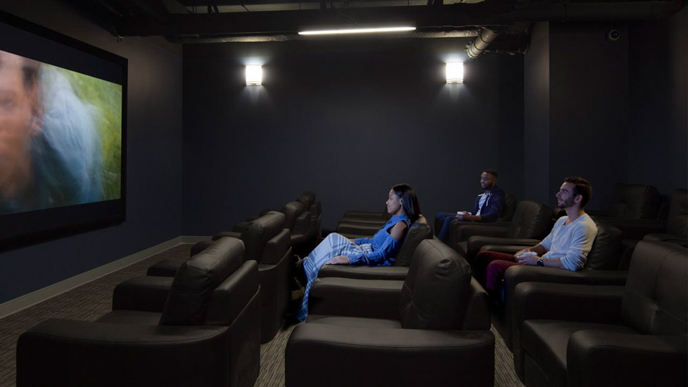 Here-Champaign-IL-Theater-Room-Unilodgers