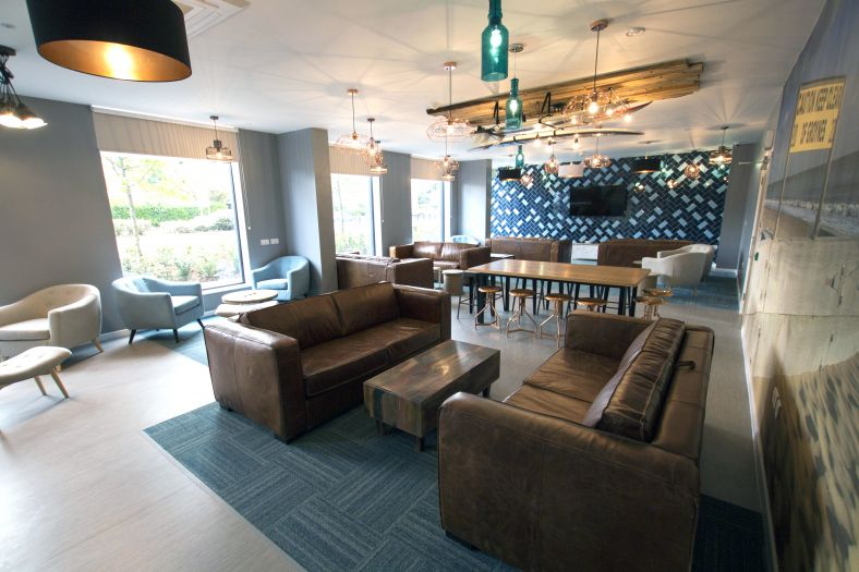 Home-Park-Bournemouth-Lounge-Unilodgers