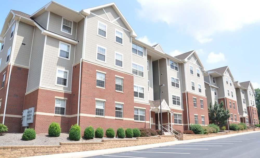 Honeysuckle-Apartments-Bloomsburg-PA-Exterior-Unilodgers