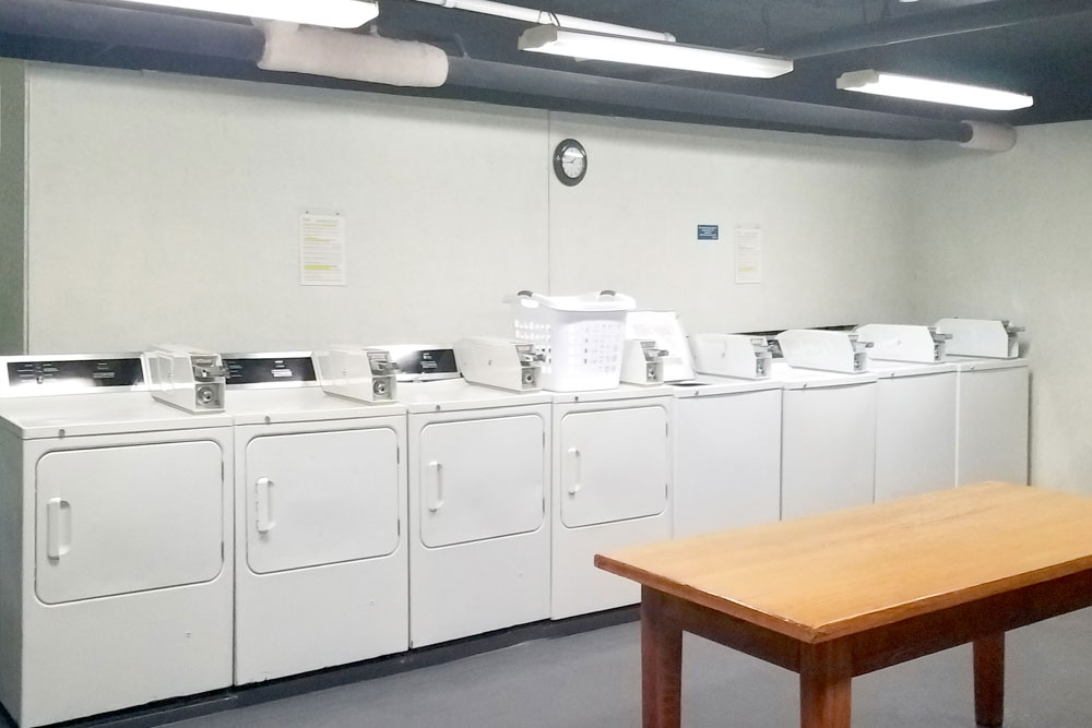 Howe-Place-Apartments-New-Haven-Connecticut-Laundry-Unilodgers