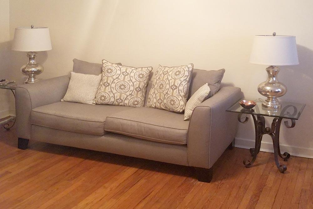 Howe-Place-Apartments-New-Haven-Connecticut-living-Area-Unilodgers