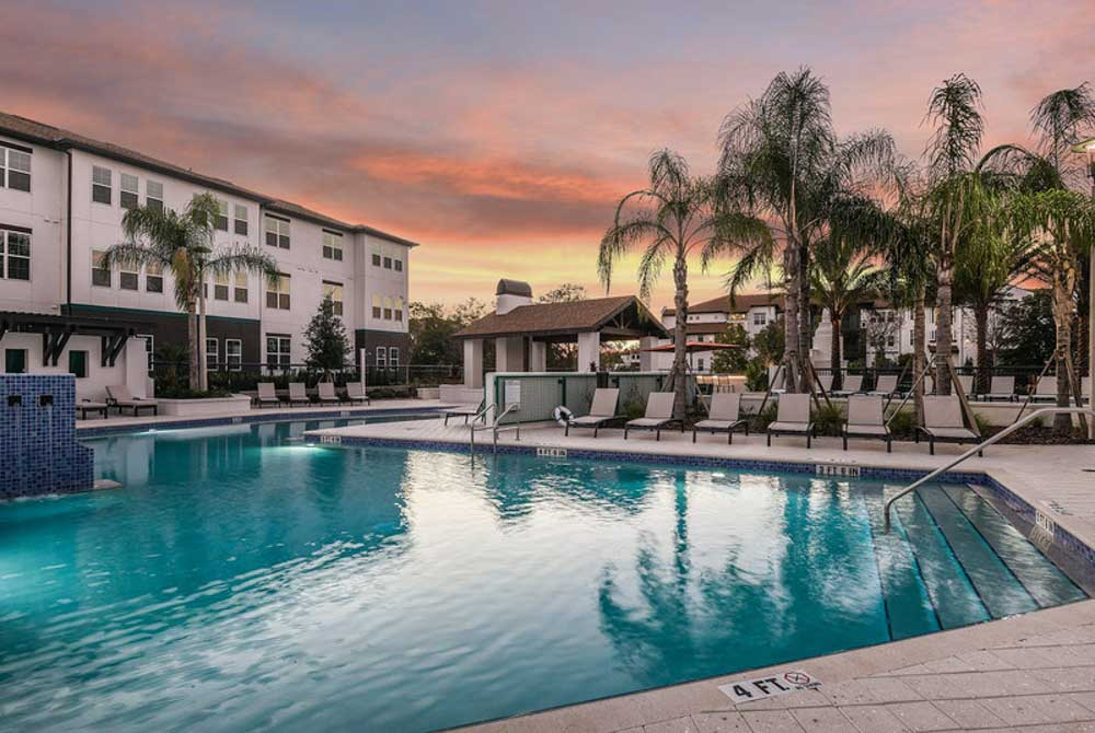 Hudson-At-East-Apartments-Orlando-FL-Swimming-Pool-Unilodgers