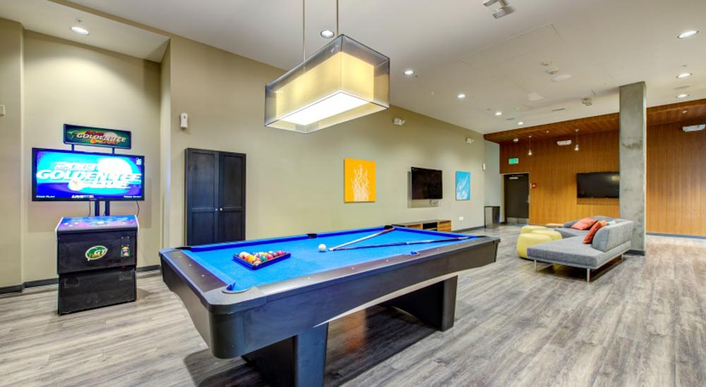 Icon-Plaza-Apartments-Los-Angeles-CA-Games-Room-Unilodgers