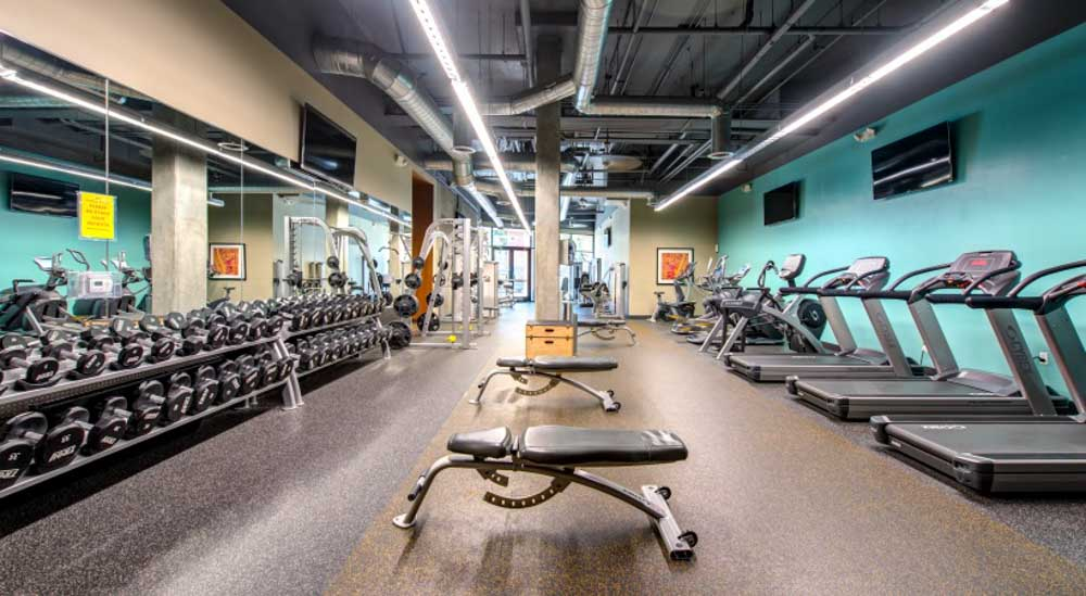 Icon-Plaza-Apartments-Los-Angeles-CA-Gym-Unilodgers