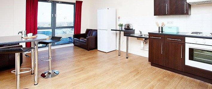 Jennens-Court-Birmingham-Common-Kitchen-Unilodgers