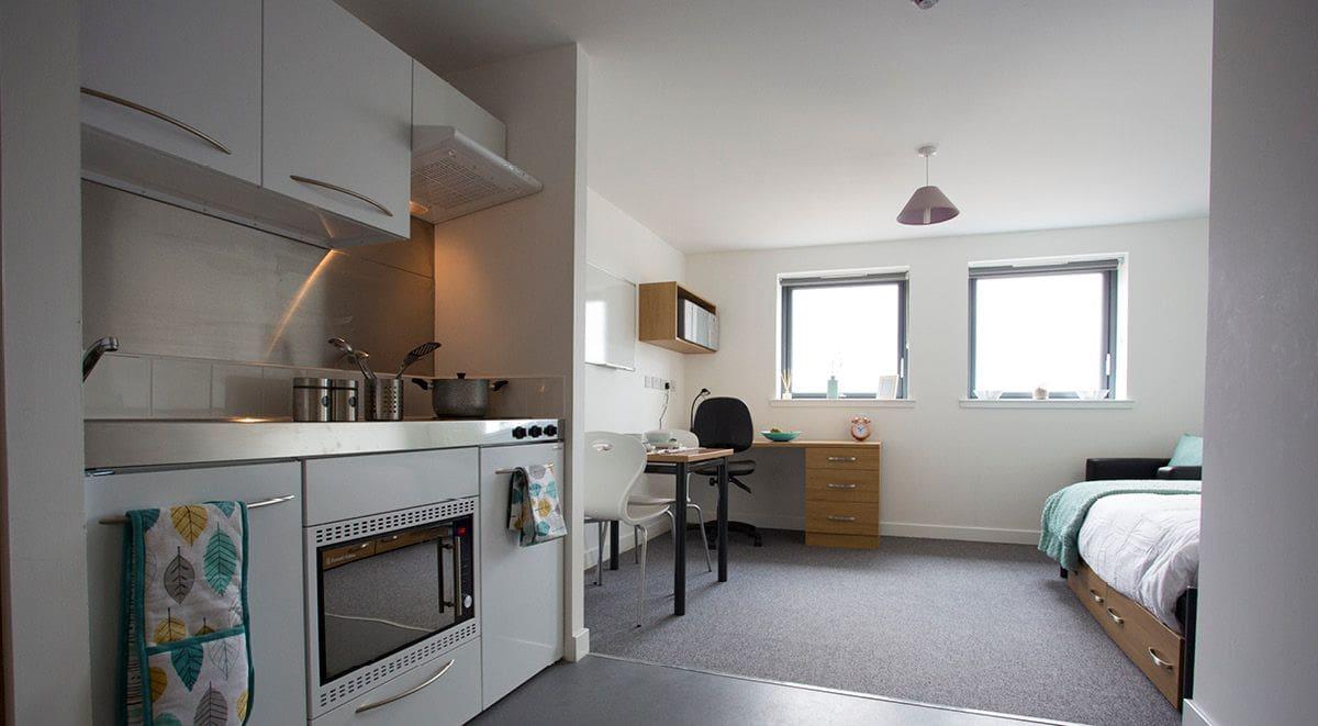 Kelvingrove-House-Glasgow-Bedroom-3-Unilodgers