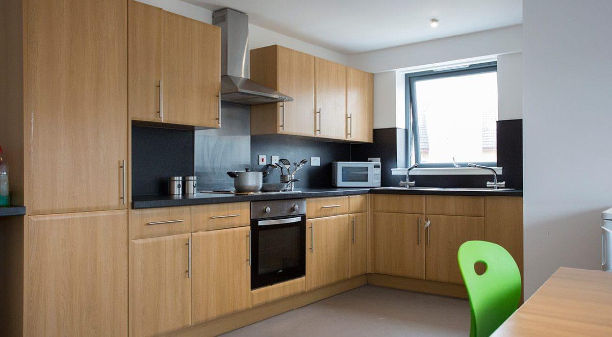 Kelvingrove-House-Glasgow-Shared-Kitchen-Unilodgers