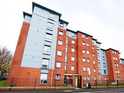 Kincardine-Court-Manchester-Exterior-Unilodgers