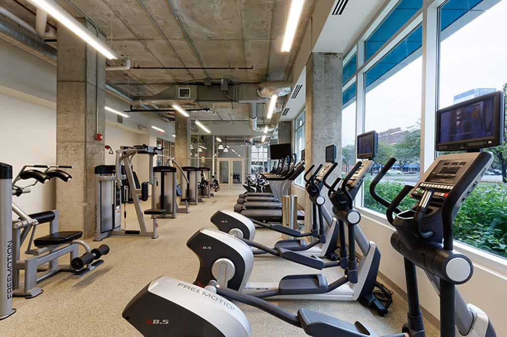 LUX-on-Capitol-Indianapolis-IN-Gym-Unilodgers
