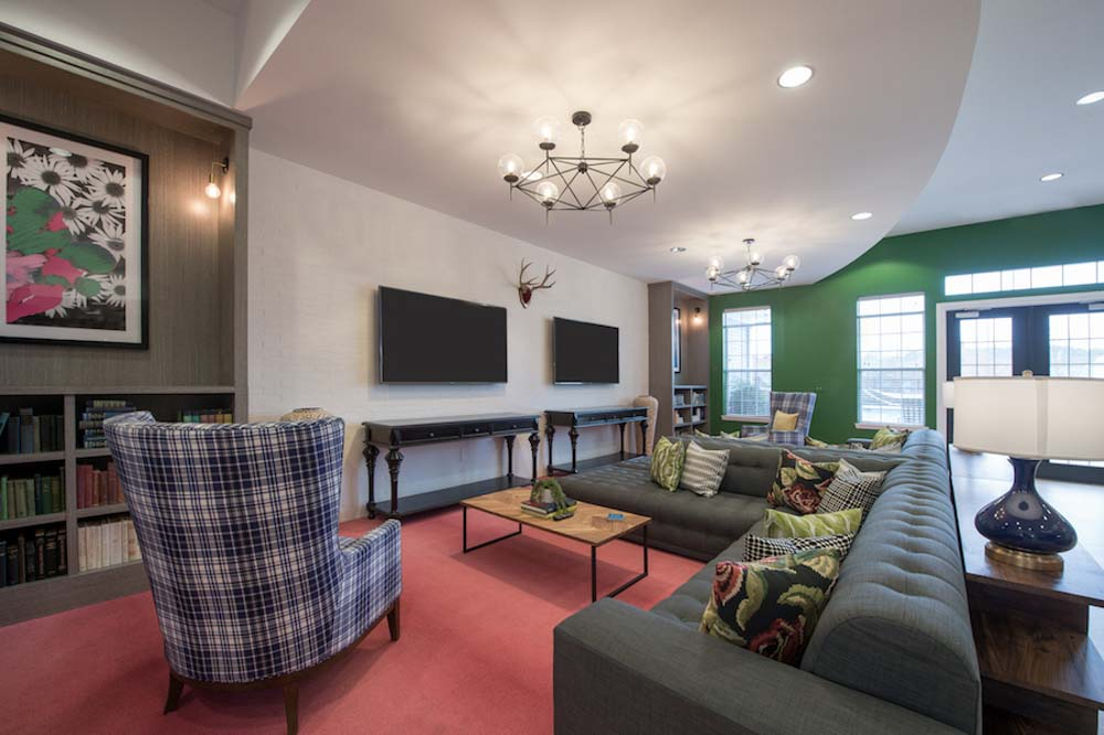 Lafayette-Place-Oxford-MS-Common-Room-Unilodgers