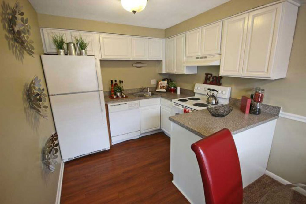 Launch Social Living-West Lafayette-IN-Kitchen-Unilodgers