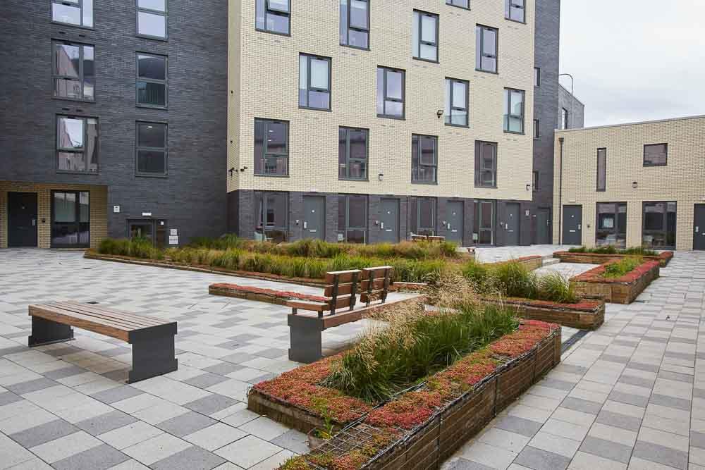 Laylock-Studios-Sheffield-Courtyard-Unilodgers