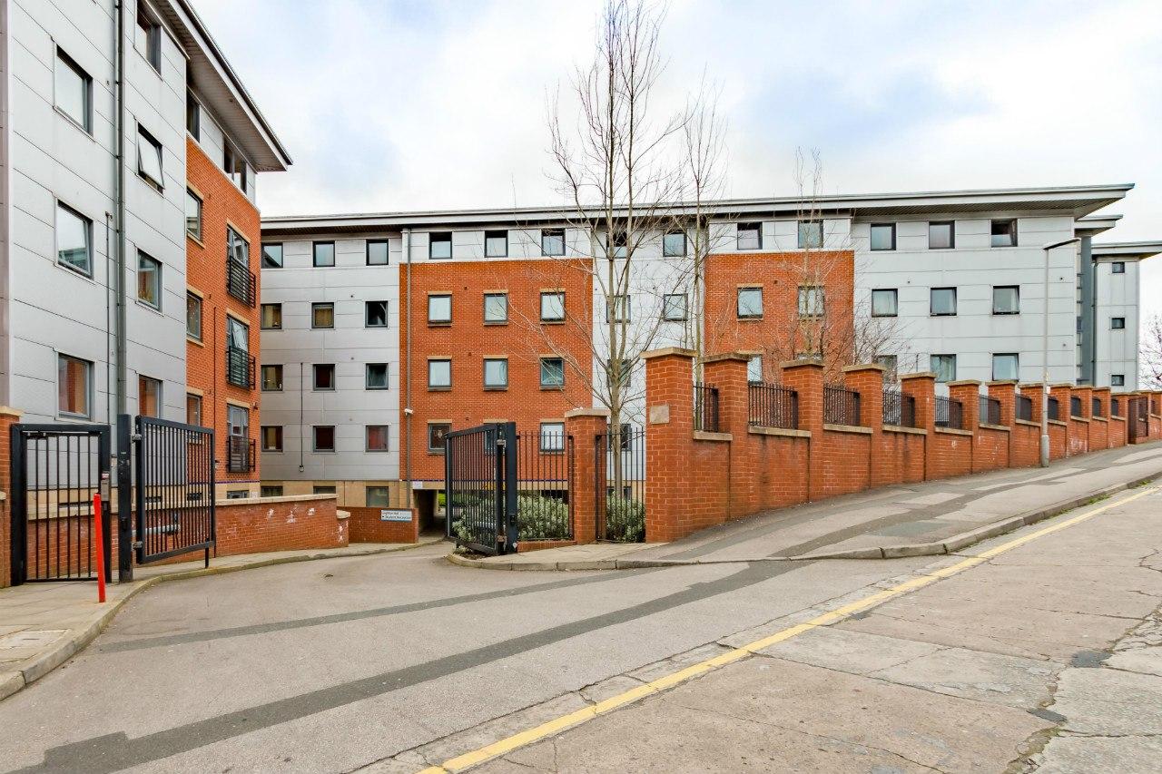 Leighton-Hall-Preston-Exterior-View-Unilodgers