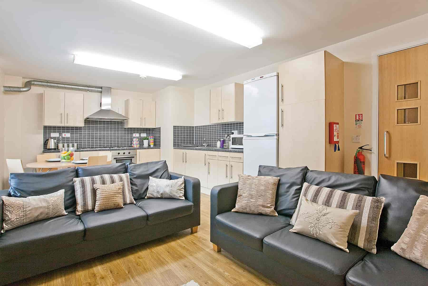 Leodis-Leeds-Living-Area-Unilodgers (1)