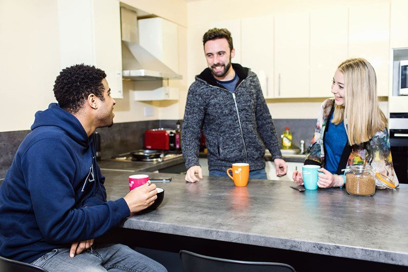 Liberty-Gardens-Liverpool-Communal-Living-Area-1-Unilodgers