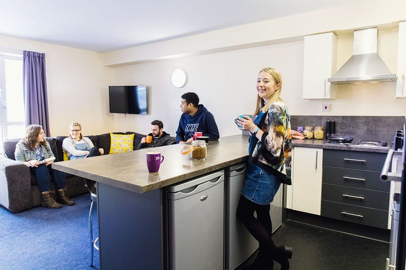 Liberty-Gardens-Liverpool-Communal-Living-Area-2-Unilodgers