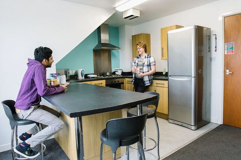 Liberty-House-St-Peters-Aberdeen-Communal-Living-Area-1-Unilodgers