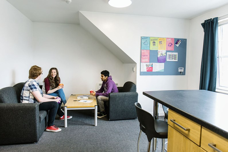Liberty-House-St-Peters-Aberdeen-Communal-Living-Area-Unilodgers